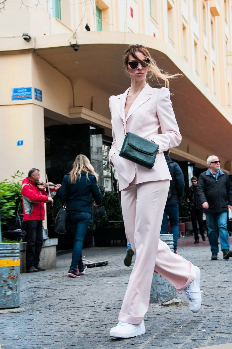 #streetstyle #muserebelle #chloe #suit #pink #spring #fashion #mr