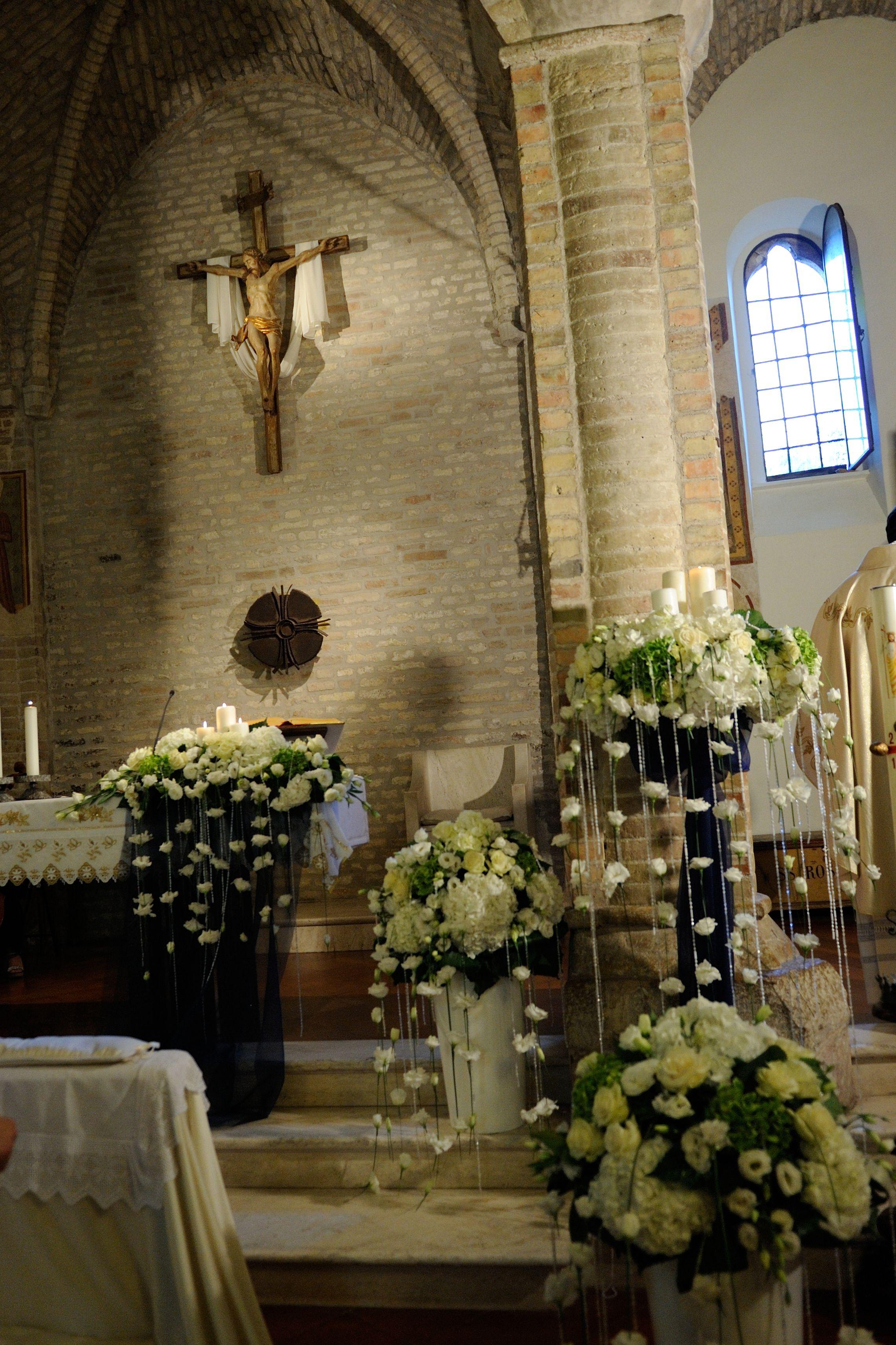 Fiori Chiesa Altar Arrangement Church Wedding Decorations Rustic Wedding Decor