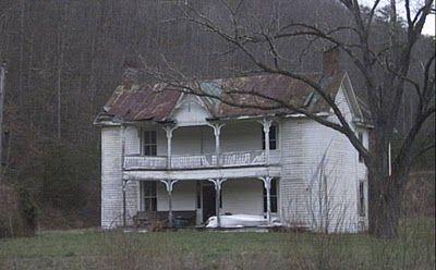 Vanishing Eastern Kentucky Old Farm House Middle Fork Johnson County Metal Detecting Pron
