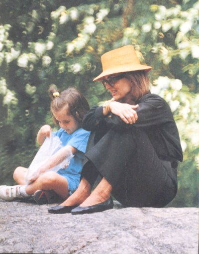 Jackie Kennedy Grandchildren: With Her Grandaughter Rose In Central Park. Her