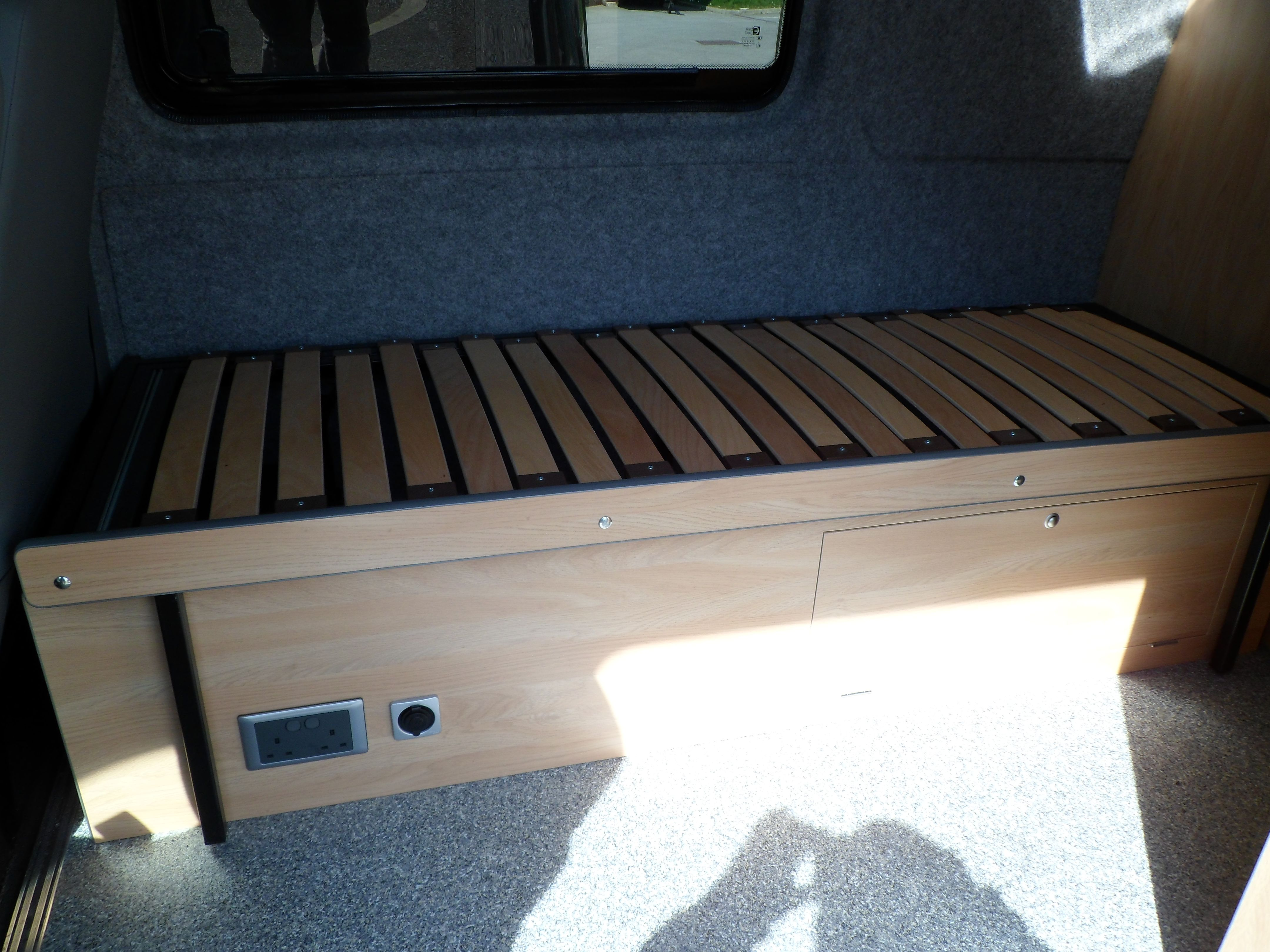 Marlin Conversions Sidesliding bed Rock and roll bed