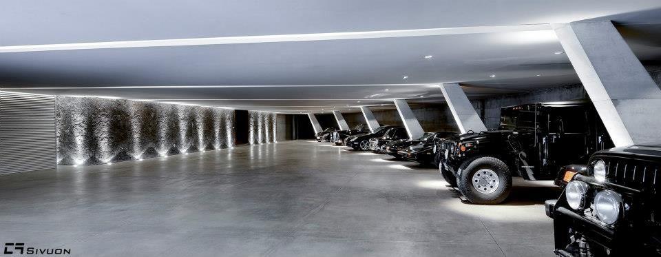Garage In 2019 Garagenhaus Traumgarage Und Tiefgarage