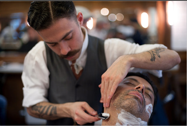 Salon De Barbier A New York Salon De Barbier Barbier Coiffeur Barbier