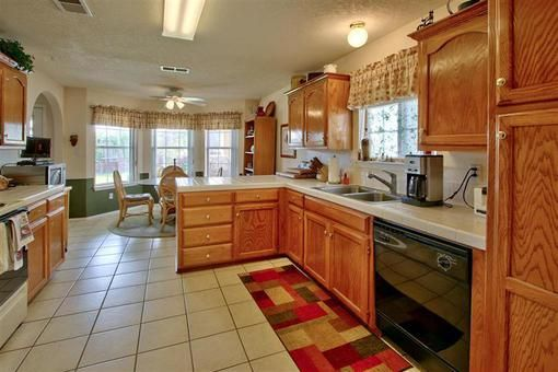 Kitchen Home For Sale 10316 Rio Los Pinos Dr Nw Albuquerque New Mexico Kitchen Space Kitchen Kitchen Cabinets