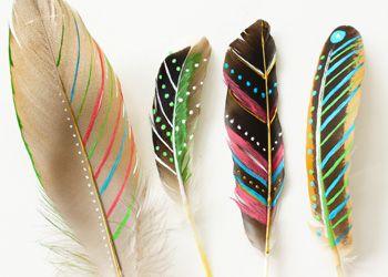 Veren In Huis : Mooie veren gevonden in de natuur? beschilder ze met mooie patronen
