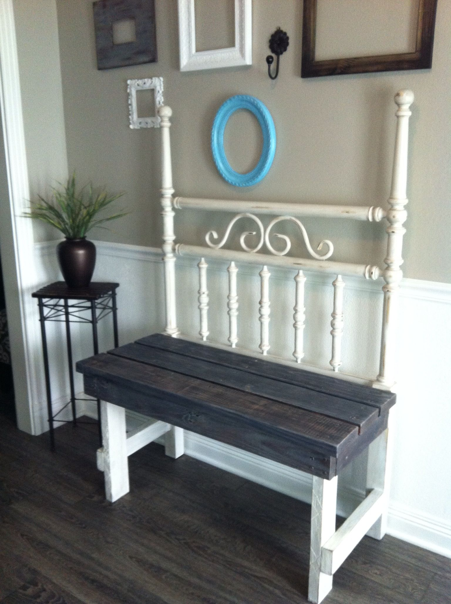 Bench made from a twin bed head board frame | Deco | Pinterest ...