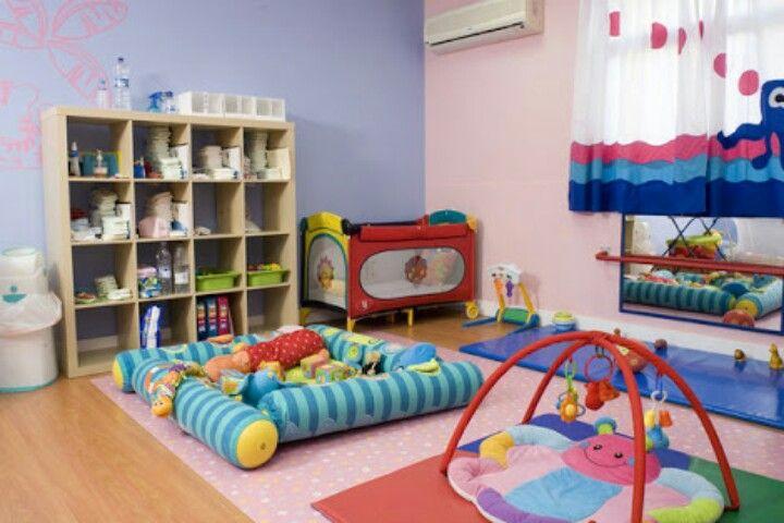 área Para Lactantes Guarderia Infantil Decoraciones De Guardería Guarderia