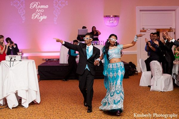 An Indian Bride And Groom Have A Weekend Full Of Wedding Festivities Including Garba Night Mehndi Traditional Ceremony Reception