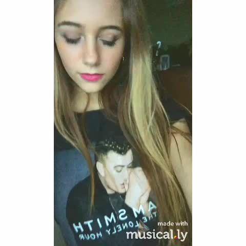 "Watch bruhitszachdaddy$$'s Vine ""Get on your knees  (made by @ dvstxny with @musicallyapp) #musicallyapp #NickiMinaj"""