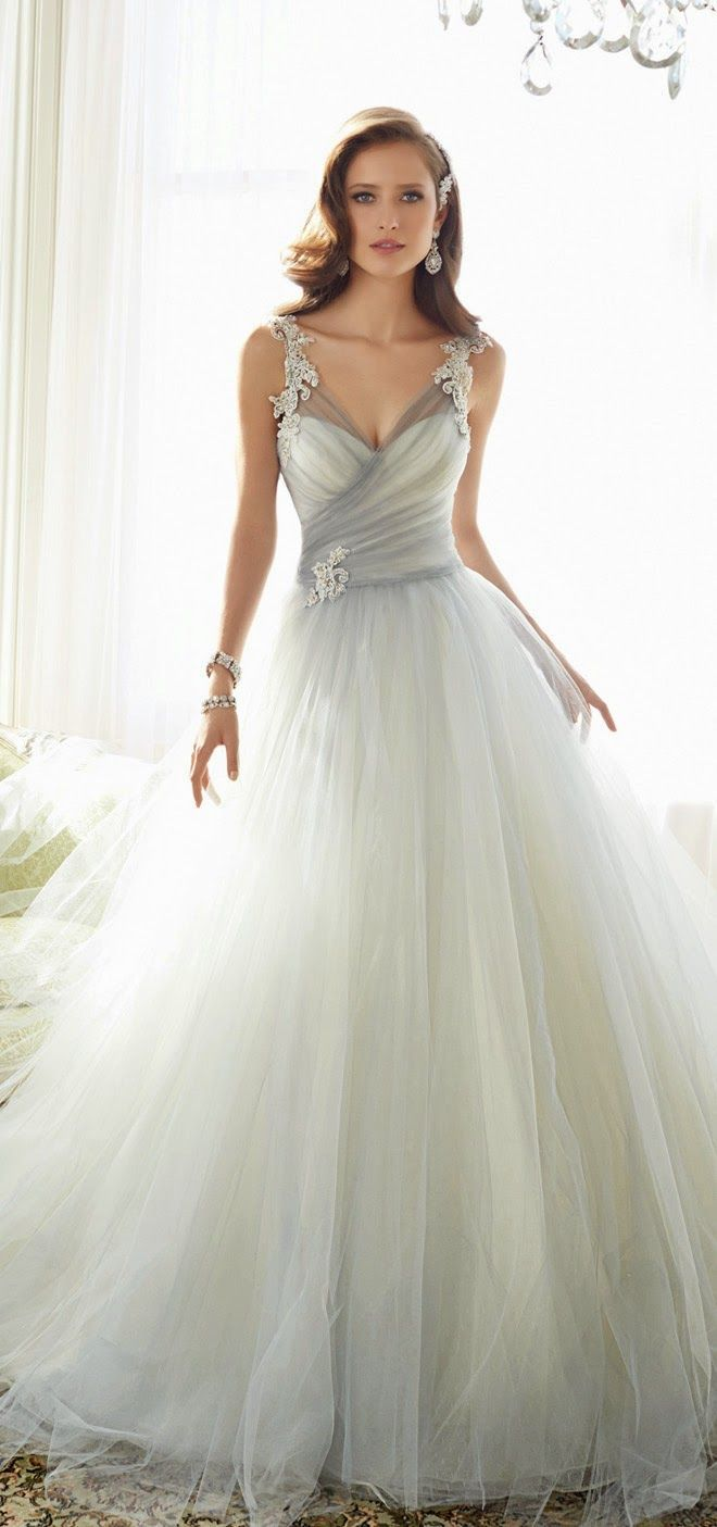 Vestido de noiva com toque de cor bridal collection themed