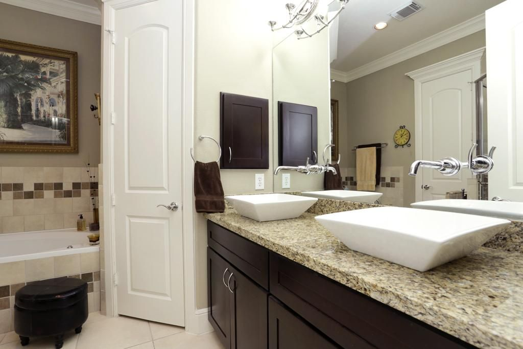 vessel sinks and granite countertops Google Search Bathroom