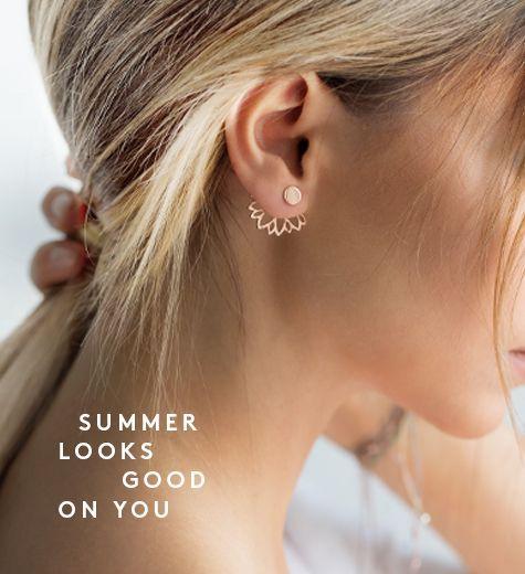 erzähl mir eine geschichte mit blumen 🌺 #earjackets #flowerpower #earjewellery #earri …