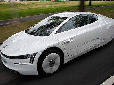 Vw Xl1 The World S Most Efficient Production Car Debuts In The