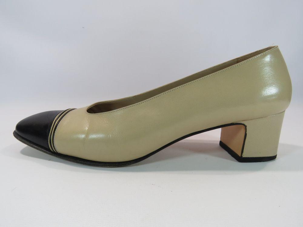 7a5d17c0473f Salvatore Ferragamo Women s Tan and Black Shoes Small Heel Size 8 1 2 B HC   SalvatoreFerragamo  PumpsClassics