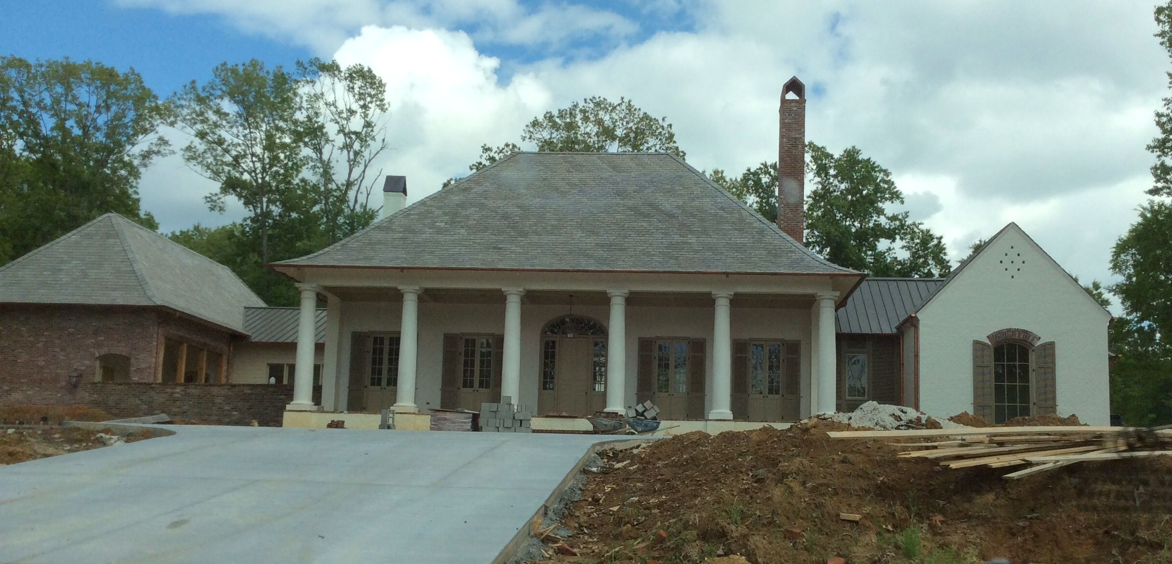 Comfy Acadian Home Design With Southern Acadian Style And Acadian Landscaping Design Irpmi Acadian Style Homes Acadian Homes Traditional Home Exteriors