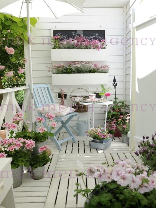 weihnachten auf balkon und terrasse gerani kleine. Black Bedroom Furniture Sets. Home Design Ideas