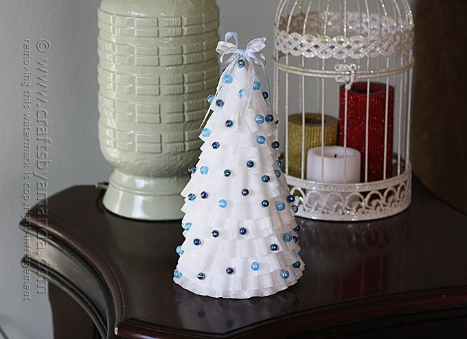 Blue & White Coffee Filter Christmas Tree #sunflowerchristmastree
