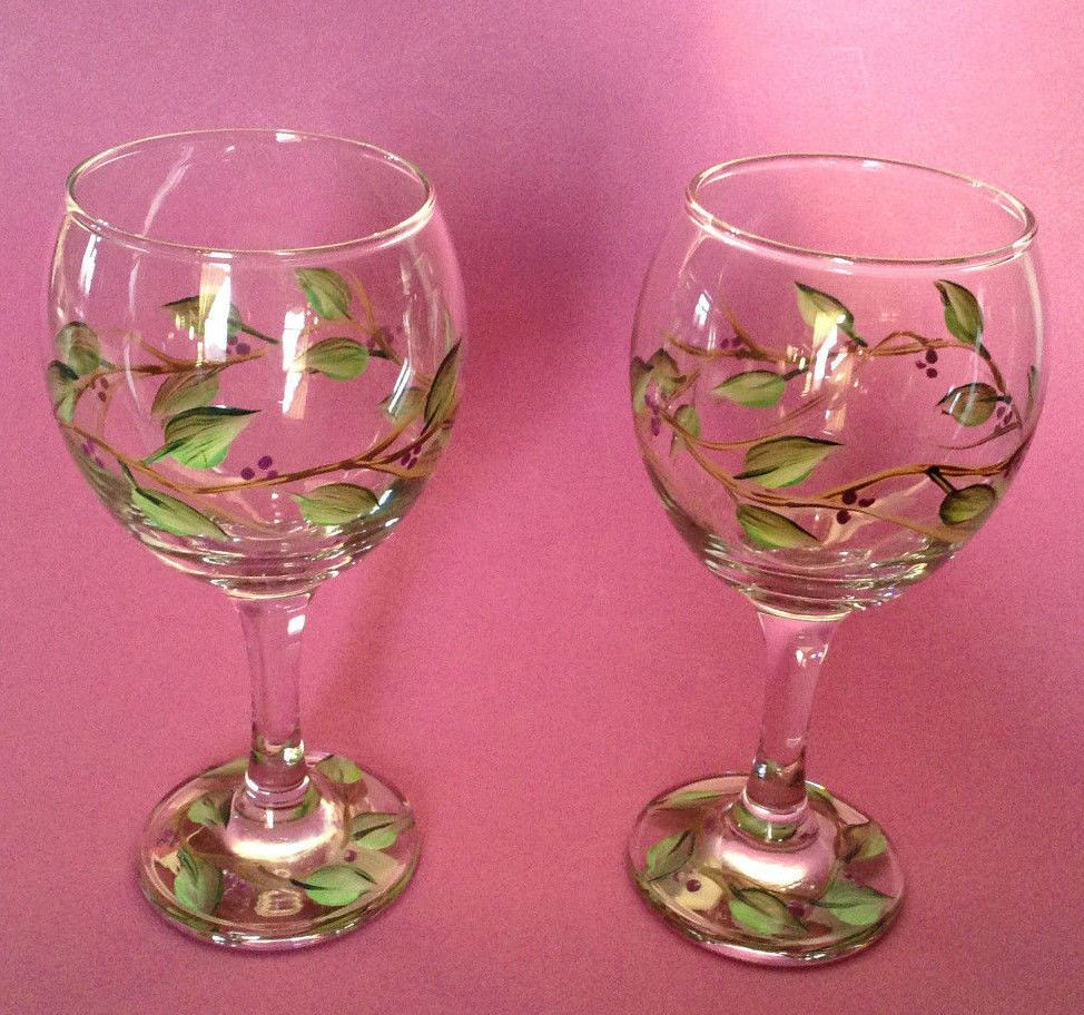 Two Wine Glasses Hand Painted Tole Style With Vines Leaves And Berries Pottery Glass Glass Glassware Ebay With Images Wine Berries Wine Glasses