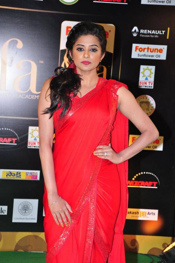Priyamani latest hot stills priyamani latest hot photos images pics - Actress Priyamani Latest Cute Hot Spicy Photos Gallery At Iifa Awards 2016