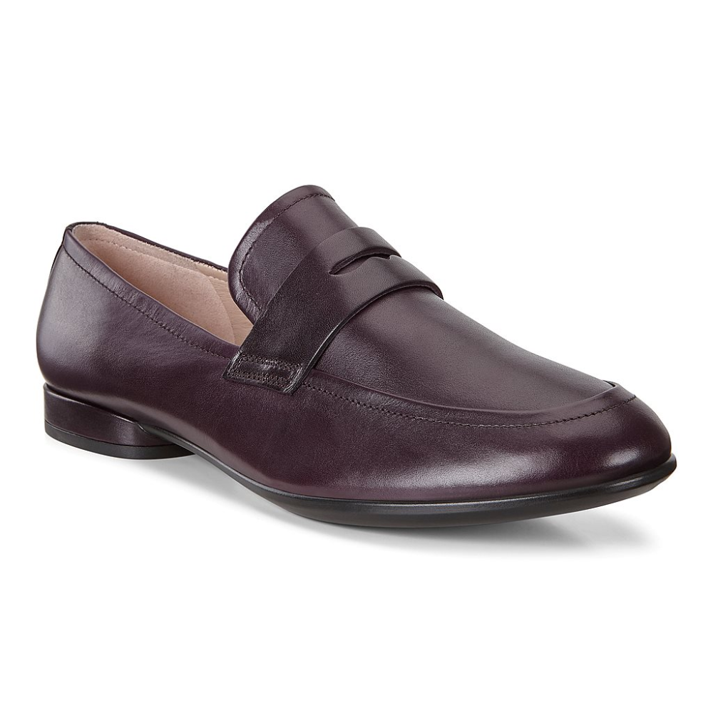 Alnie Do Niemal Kazdej Stylizacji Zostaly Osadzone Na Wygodnie Niskim Obcasie Warstwowym A Uroku Dodaja Im Tradycyjn Dress Shoes Men Loafers Men Oxford Shoes