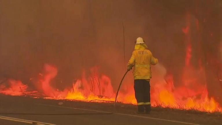 أستراليا إلغاء الجولة الأخيرة من بطولة العالم للراليات بسبب الحرائق In 2020 Landmarks Natural Landmarks Northern Lights