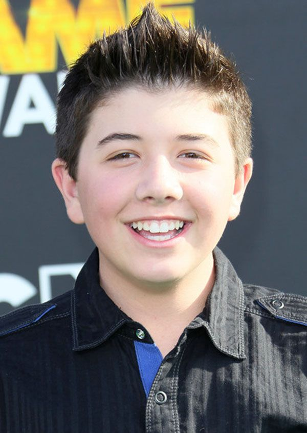 bradley steven perry how old is he
