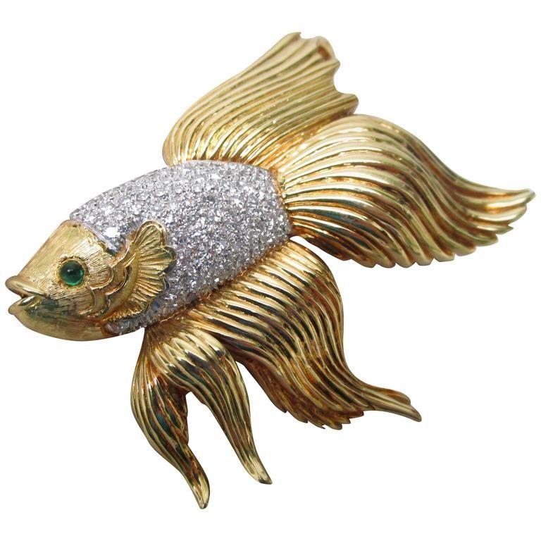 Emerald Diamond Gold Platinum Beta Fish Pin Pendant Brooch For Sale at ...
