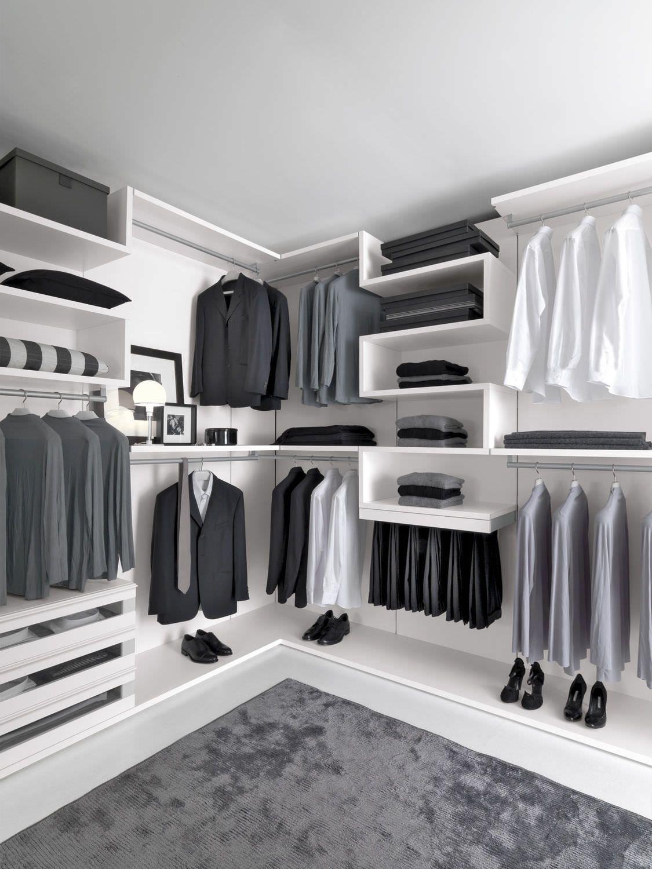 Corner Walk In Wardrobe With Images Wardrobe Room Dressing Room Design Closet Designs