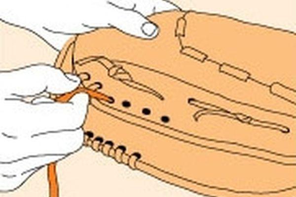 Wilson Glove Relacing Instructions Baseball Glove Gloves Baseball