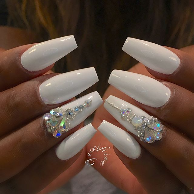 Pin by @_weirdchild🦄 on Claw$ | Pinterest | Rhinestone nails, White ...