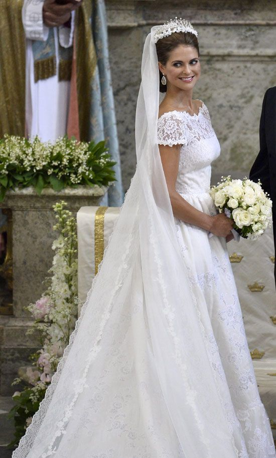 dd1db77147f9 BODA REAL MAGDALENA DE SUECIA | Wedding Veils | Royal wedding gowns ...