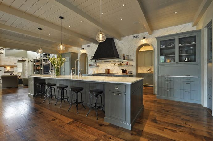 Westlake Private Retreat by Corner Stone Architects