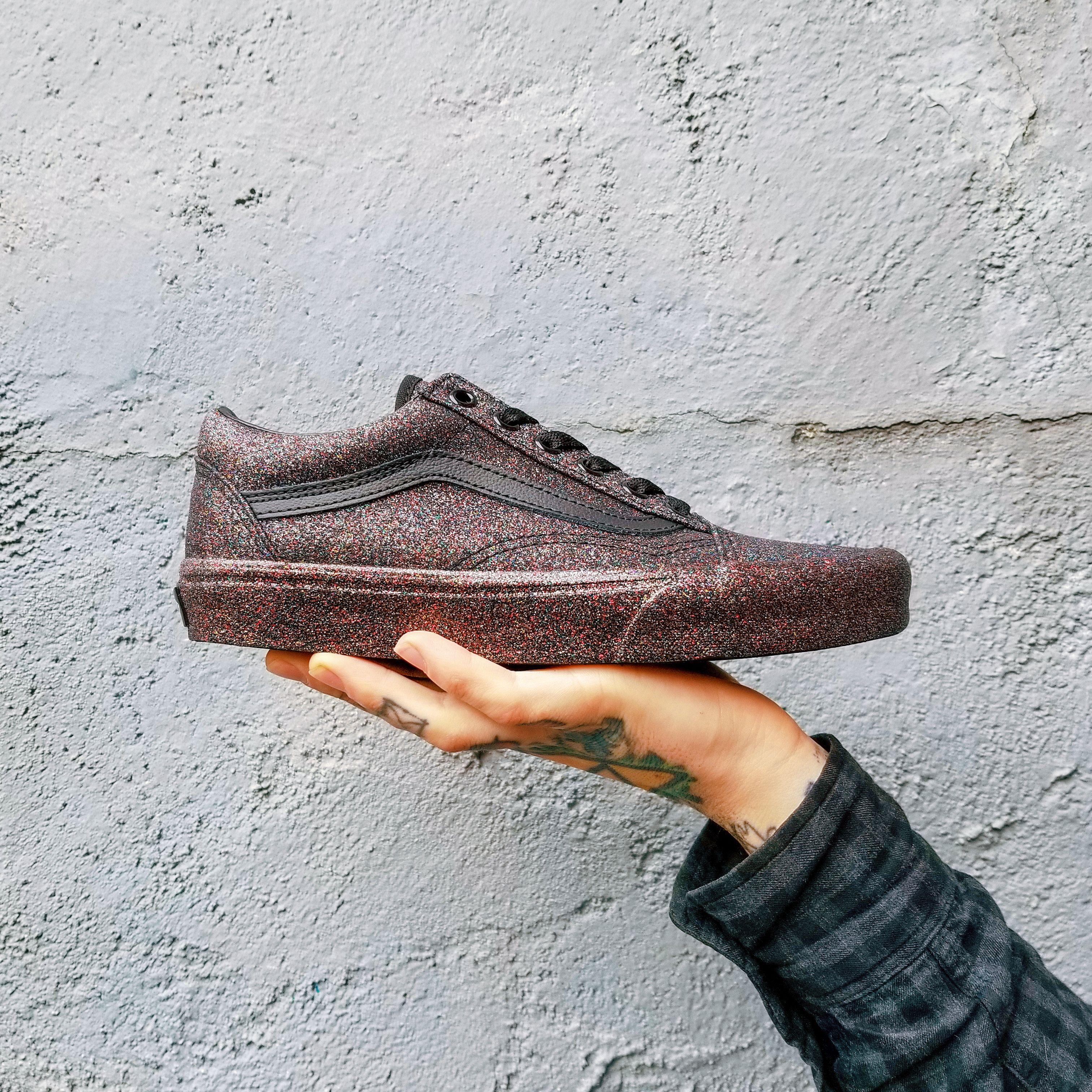 5a9d9facb6ca0 Vans Old Skool (Rainbow Glitter) Black/Black in 2019 | ShoePorn ...