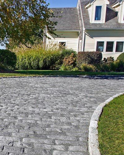 Top 40 Best Driveway Edging Ideas - Inviting Borde