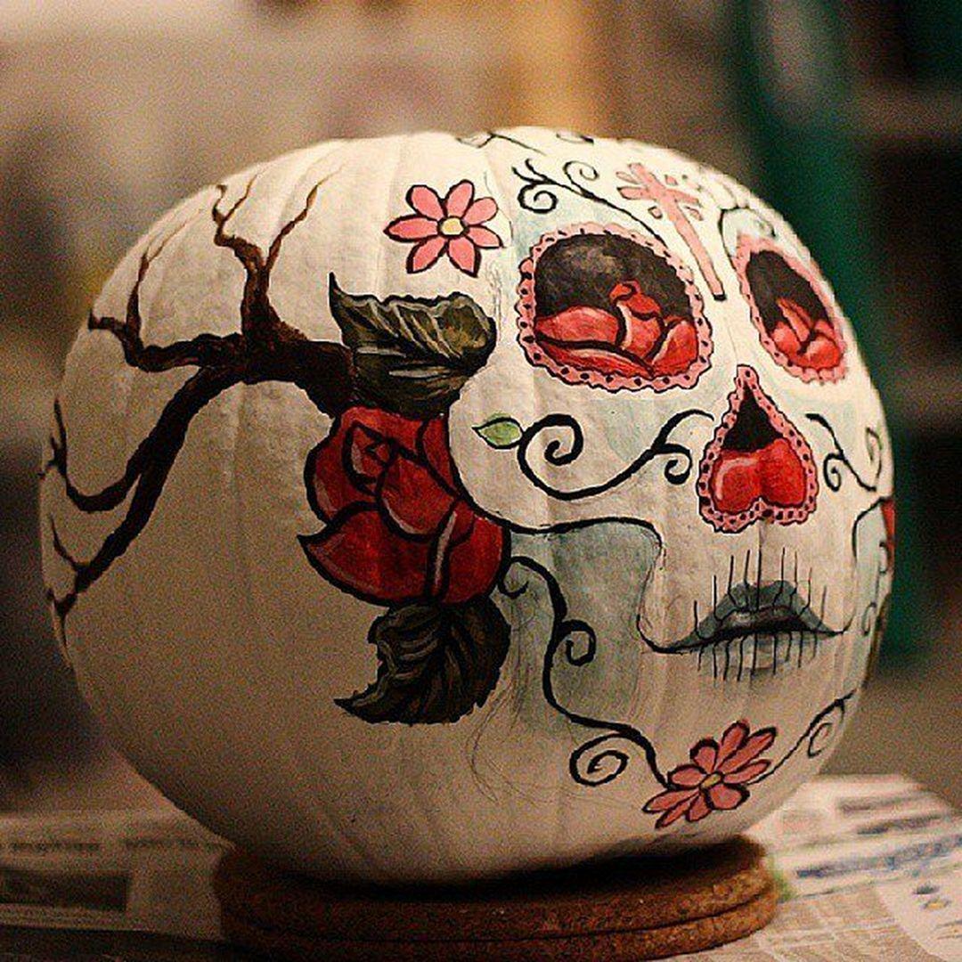 30+ Brilliant Pumpkin Painting Ideas For Amazing Halloween #pumpkinpaintingideas