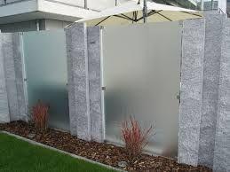 Bildergebnis für sichtschutz glas garten Sichtschutz