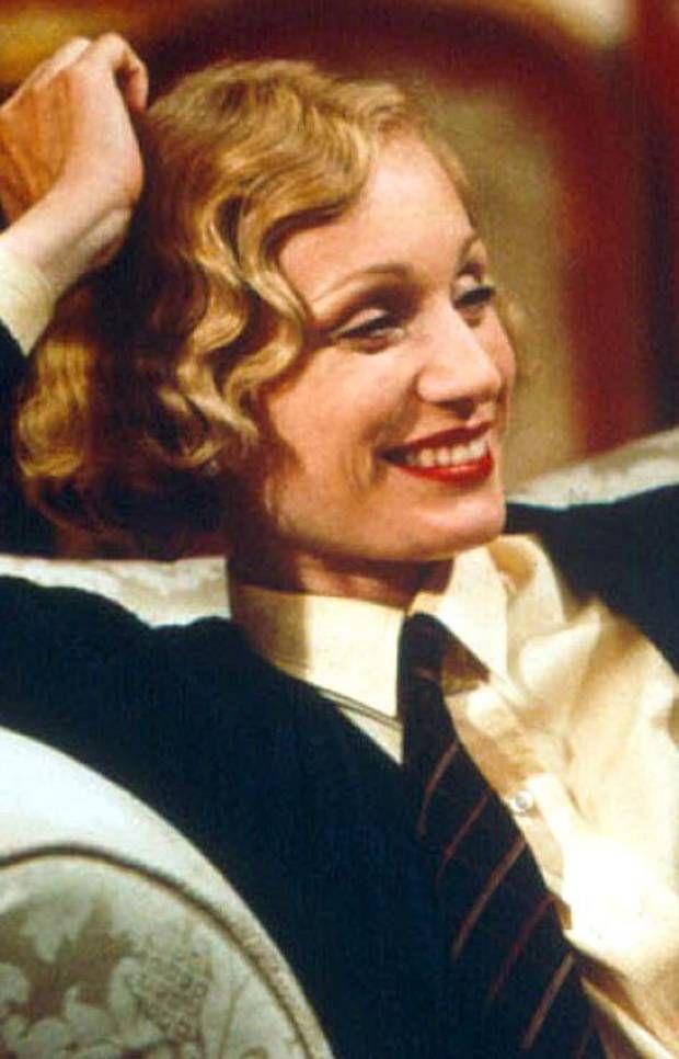 Claudie Blakley as Mabel Nesbitt in Gosford Park (2001) # ...  |Gosford Park Costumes