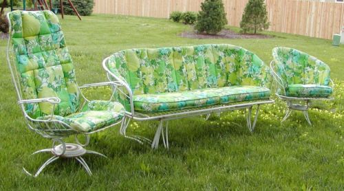 Download Wallpaper Wrought Iron Patio Furniture Glider