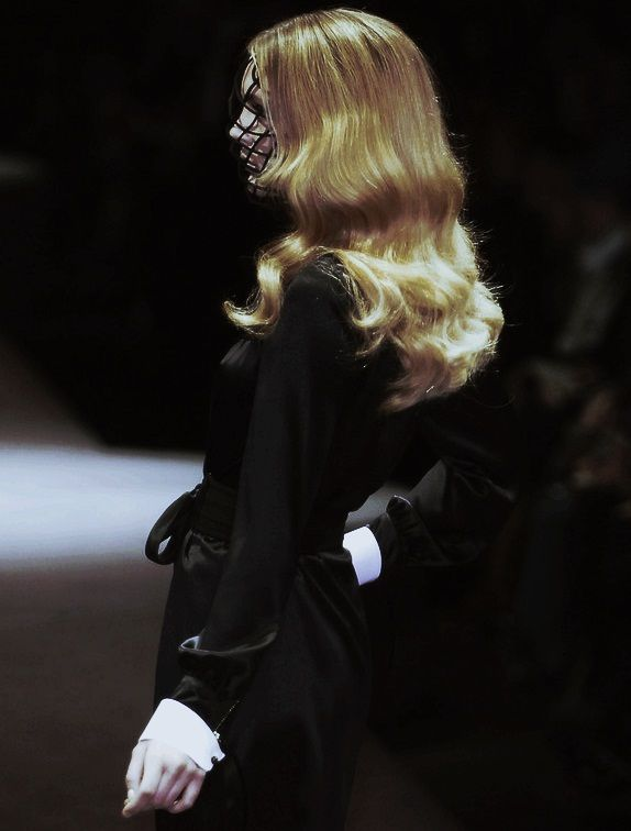 Viktor & Rolf Paris Fall 2006