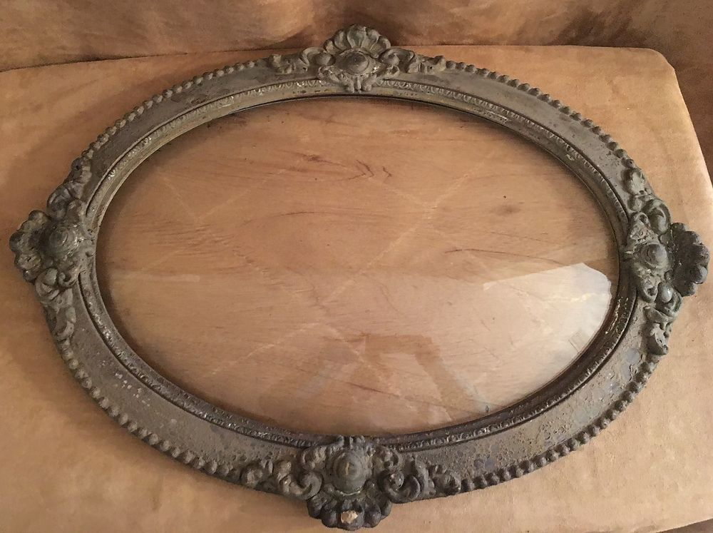 Antique Curved Bubble Glass Oval Wood wooden picture Frame 18 x 25 ...