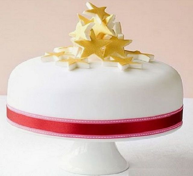 Good Christmas Cake Decoration Ideas Bbc Good Food Part - 11: How To Decorate A Christmas Cake: Stacked Star Cake