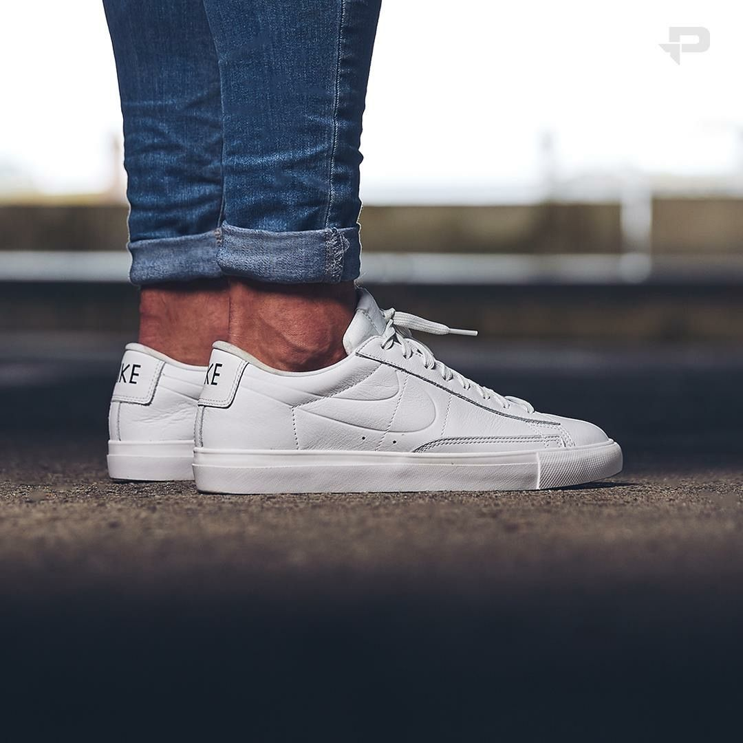 brand new 39c91 a92ee Nike Blazer Low White