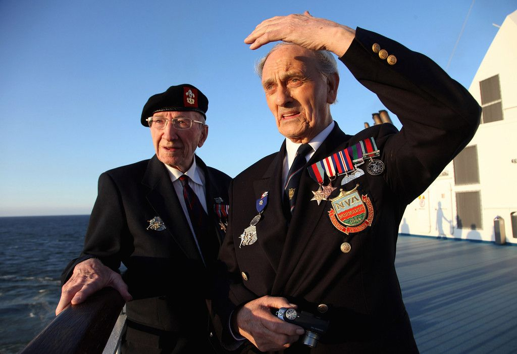 Photos: The 65th Anniversary of D-Day on the Normandy Beaches - Plog