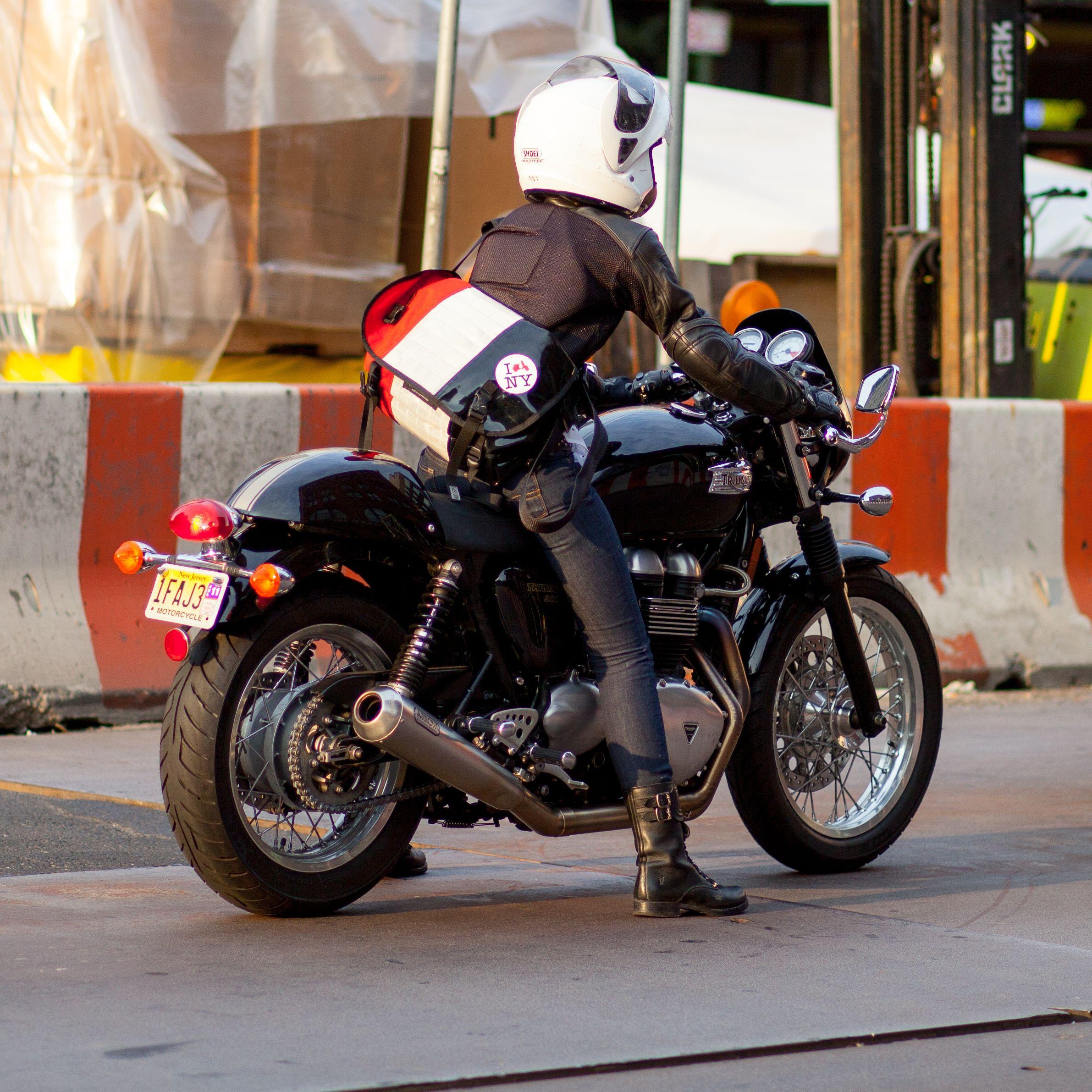 Triumph Thruxton Motorcycle Girl Motorbikes Motorcycle