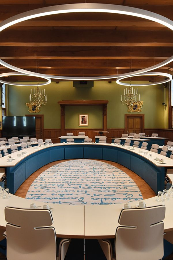 Conference Room Lighting Design: Conference Room Lighting With The Pendant Luminaire Ringo