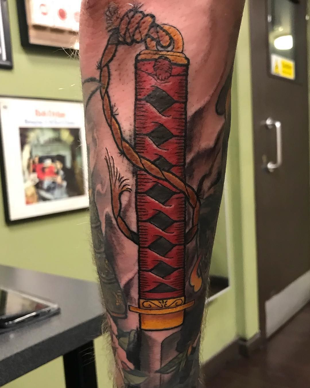 Katana Handle Gap Filler For Garymcnaughton Cheers For Getting It Dude Done Today At Fmtglasgow Tattoo Tattooslik Gap Filler Tattoo Katana Japanese Tattoo