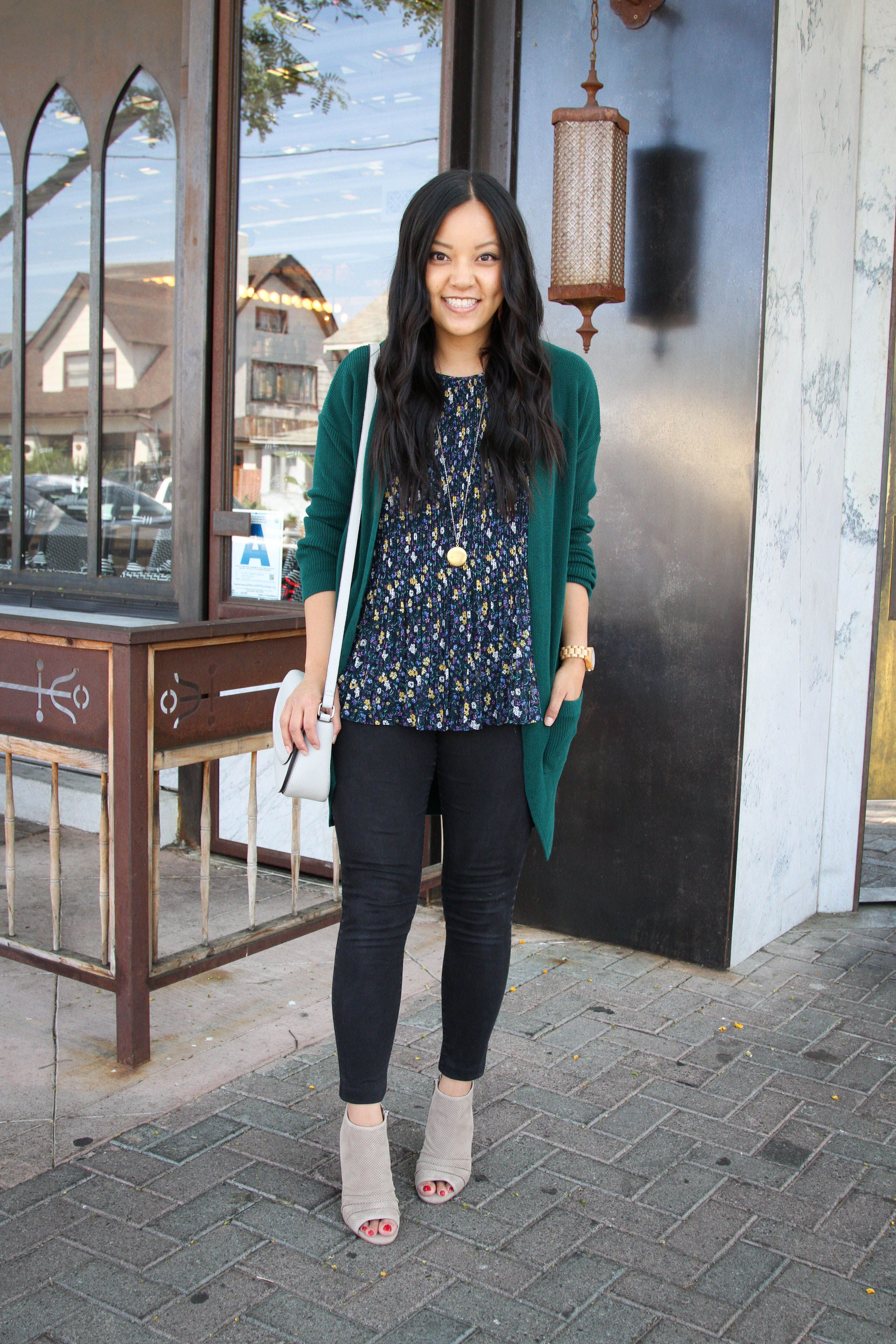 53d1b07d071 Green Cardigan + Floral Top + Black Jeans + Taupe Booties + Gray Bag
