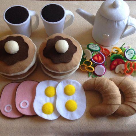 Ähnliche Artikel wie Fühlte mich essen Rollenspiel Frühstücks-Set, Pfannkuchen, Ei & Schinken, Kaffee usw... auf Etsy #feltart