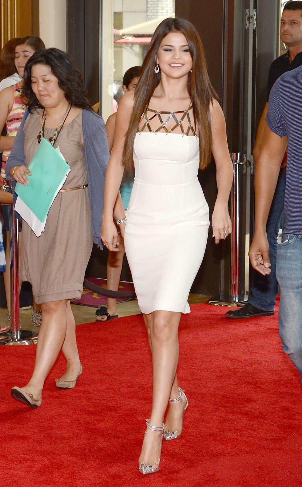Fabulosos Vestidos de fiesta para sentirte y lucir como Selena Gomez ...