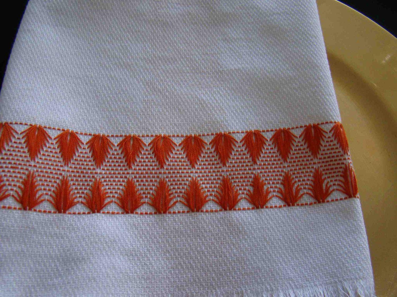 Sueco Weaving Huck Weaving Embelezada chá por FuzzyDuckCreations ...